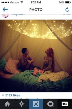 bed canopy lights :) I always wanted to do this and I still do :P My New Room, My Room, Dorm Room, Bed Canopy With Lights, Light Canopy, Diy Room Decor, Bedroom Decor, Bedroom Ideas, Room Decorations
