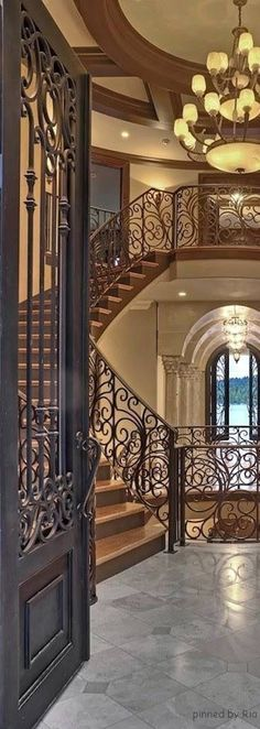 Mediterranean Design l THE MILLIONAIRESS MANSION l Ria