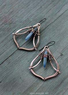 Wirewrapped Cianita pendientes pendientes de por LenaSinelnikArt