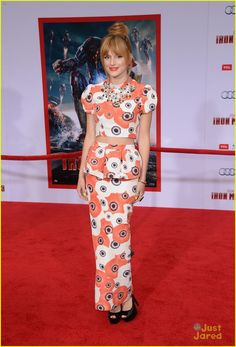 bella thorne iron man 3 premiere 01, Bella Thorne hits the red carpet at the premiere of Iron Man 3 held at El Capitan Theatre on Wednesday night (April 24) in Hollywood.    The 15-year-old actress…