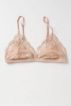 Nude bra found on Nudevotion