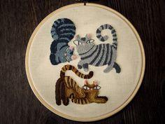 3 gatos, bordado con aguja mágica