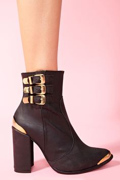 My new and Nasty shoes- Bruni Ankle Boot by Jeffrey Cambell (Nasty Gal)