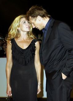 Liam Neeson and Natasha Richardson at an event for The Widowmaker Liam Neeson, Natasha Richardson, Vanessa Redgrave, Ralph Fiennes, Lindsay Lohan, British Actresses, High Class, Picture Photo, Widowmaker