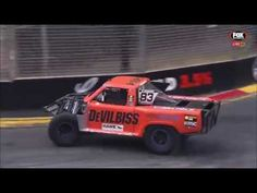 Last lap of yesterdays Stadium Super Trucks race. Relatively new motorsport that brings off-road racing to any surface. This shit is insane. http://ift.tt/2oJRmsA