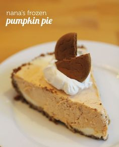 A new must-have Thanksgiving dessert: my nana's famous frozen pumpkin pie - rich pumpkin pie and vanilla ice cream rolled into one plus a spicy gingersnap crust! Thanksgiving Recipes, Fall Recipes, Baby Food Recipes, Family Thanksgiving, Dessert Recipes, Baking Desserts, Frozen Pumpkin, Pumpkin Puree, Family Meals