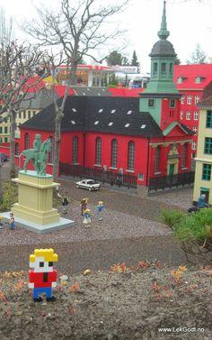 Legoland, Billund 2012  LEGO - Life of George went to LEGOLAND in Billund, Denmark. George saw the.....