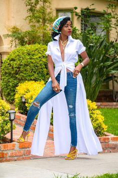 We are doing some maintenance on our site. Girls Ripped Jeans, Ripped Jeans Style, Ripped Jeans Outfit, Dress Over Pants, Shirt Dress, Chic Outfits, Fashion Outfits, Womens Fashion, Style Pantry