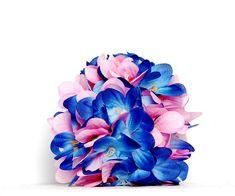Pisanka kwiecista #pisanka #jajko #pisanki #jajka #wielkanoc #święta #easter #easter egg #egg #rękodzieło #handemade #craft #dekoracje #ozdoby #decoration #sztuczne kwiaty #kwiaty #flower #wiosna #spring Tobacco Smoking, Artificial Flowers, Flower Decorations, Spring, Diana, Ornaments, Create, Gifts, Handmade