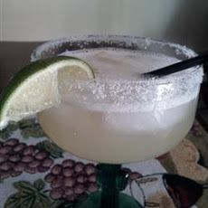 Top Shelf Margaritas on the Rocks Ingredients cup sugar cup water 2 cups water 1 cups fresh lemon juice cup sugar 1 egg white 2 cups ice cubes 2 cups premium tequila 1 cup Cointreau cup lime juice 16 lime wedges coarse kosher salt Top Shelf Margarita, Margarita On The Rocks, Perfect Margarita, Margarita Mix, Margarita Recipes, White Cocktails, Blended Drinks, Rock Recipes, Fresh Lemon Juice