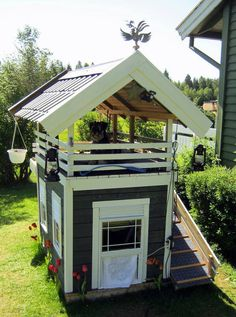 Two-story dog house. Lucky dog!