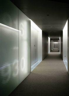 Busca imágenes de Pasillos, vestíbulos y escaleras de estilo Moderno: HOTEL…
