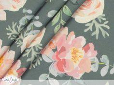 """So viele Blüten auf einem Stoff - betörend im Duft und traumhaft in der Farbe! Unser Jersey """"Floral Dream"""" verleiht jedem Outfit einen romantischen... Bunt, Outfit, Floral, Design, Fabrics, Colors, Outfits, Flowers"""
