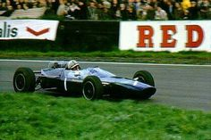 1965 International Gold Cup, Oulton Park : John Surtees, Lola-Ford T60 #1, Midland Racing Partnership, Winner. (ph: © Peter Quinn)