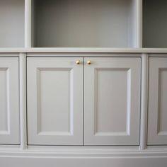 Kitchen Interior, Room Interior, Interior And Exterior, Built In Shelves Living Room, Interior Decorating, Interior Design, City Living, Home Office Design, Cabinet Design