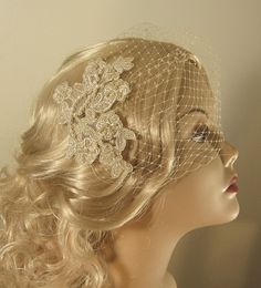 birdcage veil with lace | Champagne Birdcage Veil and Lace Bridal Fascinator, Gold, Vintage ...