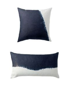 Blue/White crisp pillow accents !