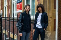 My Favorite Street Style Snaps From London Fashion Week (because im addicted) New Street Style, Model Street Style, Spring Street Style, Fashion Models, Fashion Outfits, Sartorialist, Style Snaps, Models Off Duty, Fall Jackets