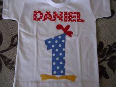 Camiseta infantil em algodão customizada galinha pintadinha Personalizamos com o nome e idade de seu filho. Fazemos em body também P,M,G,GG Do Nº 1 ao 8 Do 10 ao 16 e P,M,G, e GG R$ 43,00
