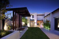 Spectacular riverside landscape design in Perth   Designhunter - architecture & design blog