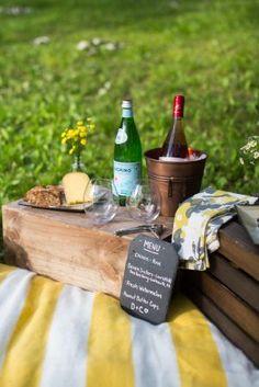 Rustic picnic feel