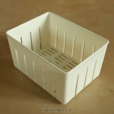 Тофу-пресс средней вместительности. Объем:14х10х7,5