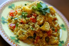 Quinoa is a complete Protein, meaning it contains all the amino acids our body needs. Although it is cooked and eaten like a Grain, Quinoa is technically a seed. Mango Curry, Mediterranean Quinoa Salad, Anti Inflammatory Recipes, Superfood, Fried Rice, Wine Recipes, Healthy Recipes, Healthy Meals, Healthy Food