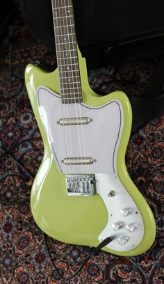 Danelectro '67 Reissue, Lime Green