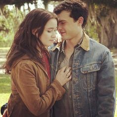 Alden Ehrenreich and Alice Englert as Ethan & Lena from Beautiful Creatures (2013)