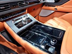 2020 Lincoln Aviator - Cars Release Date Lincoln Aviator, Lincoln Mkx, Interior Wallpaper, Car And Driver, Car Wallpapers, Fuel Economy, Colorful Interiors, Luxury Cars, Cars