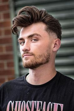 Pompadour With Fade ❤ #lovehairstyles #menshair #hairstylesformen #menshaircuts Trendy Mens Hairstyles, Cool Mens Haircuts, Hairstyles Haircuts, Cool Hairstyles, Unisex Haircuts, High Top Fade Haircut, Curly Undercut, Comb Over Fade, Popular Short Haircuts