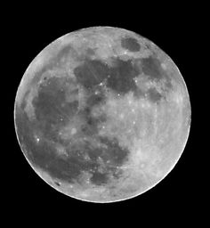 Picture of super moon on May 5, 2012