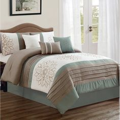 King Size Duvet Covers, King Comforter Sets, Bedding Sets, Bedroom Comforters, Queen Bedding, Cal King Size, Queen Size, Bed In A Bag, Ruffle Bedding