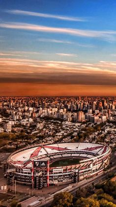 Argentina, Estádio Monumental de Núñez - Club Atlético River Plate Escudo River Plate, Soccer Art, Football Stadiums, Nice To Meet, Carp, Messi, Airplane View, Paris Skyline, World