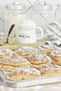 Rezept für norwegische Zimtschnecken - Skillingsboller selber backen - Süßes aus Norwegen | norwegian cinnamon buns recipe | luziapimpinella.com