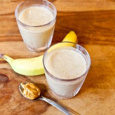 Creamy Cookie Butter White Chocolate Banana Smoothie -- A recipe to use my Trader Joe's Cookie Butter in! Should freeze bananas overnight before making.