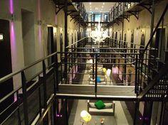 Het Arresthuis ¡La prisión convertida en hotel de lujo! - http://vivirenelmundo.com/het-arresthuis-la-prision-convertida-en-hotel-de-lujo/4032