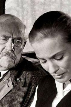 Cena do filme Morangos Silvestres, clássico de Ingmar Bergman. Confira os dez filmes sobre a inexorabilidade do tempo. O cinema disposto em todas as suas formas. Análises desde os clássicos até as novidades que permeiam a sétima arte. Críticas de filmes e matérias especiais todos os dias.