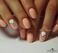 Light Peach & White Nail Polish with Triangle Geometric Nail Design - Everyday Fall Nails 2016 Cute Nail Art Designs, Short Nail Designs, Simple Nail Designs, Gel Nail Polish Designs, Indian Nail Designs, Summer Nail Designs, Round Nail Designs, Gel Polish, Cute Nails