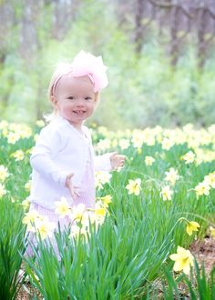#Easter #daffodils #children #Photography  www.heatherwhitephotography.zenfolio.com
