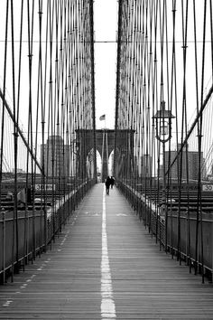 Gorgeous...too bad I wasn't able to get a similar shot of the Brooklyn Bridge while in NYC!