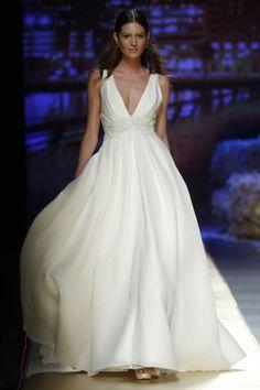 Elige uno de estos vestidos de novia corte imperio 2016: un look muy romántico Image: 4