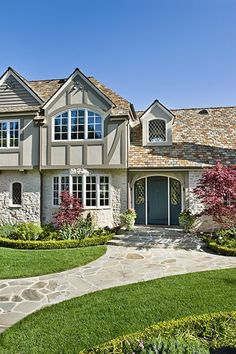 Pool House With Tudor Style Stucco Base Color And Trim Lighter Exterior Pinterest Pool