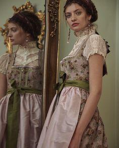Elegant, Couture, Ruffle Blouse, Sari, Style Inspiration, Folklore, Stylish, Austria, Inspirational
