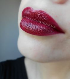 Review Of Avon Ultra Color Indulgence Lipsticks In Tawny