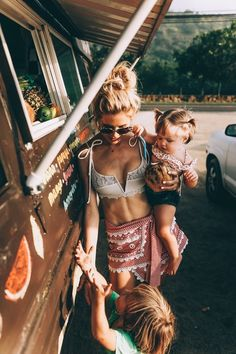 DAMN I want abs like this after I have kids