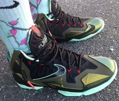 huge selection of 24c26 dc807 lebron 11 parachute gold release 1 Trinidad James Shows Off His LeBron 11  Parachute Gold