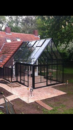 Greenhouse Everhard Dorgelo - Back yard patio Pergola With Roof, Patio Roof, Pergola Patio, Diy Patio, Patio Ideas, Modern Pergola, Curved Pergola, Small Pergola, Large Backyard