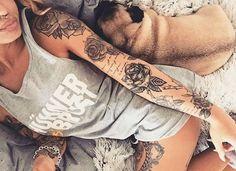 17 Unique Arm Tattoo Designs For Girls - Tattoo Design Gallery Badass Tattoos, Sexy Tattoos, Body Art Tattoos, Cool Tattoos, Arm Tattoos With Quotes, Girl Arm Tattoos, Feminine Tattoos, Forearm Tattoos, Tatoo 3d