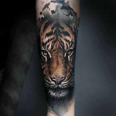 Tattoo of tiger animals tattoo tattoos, tiger tattoo y arm t Tatoo Tiger, Tiger Tattoo Sleeve, Tiger Tattoo Design, Lion Tattoo, Sleeve Tattoos, Tattoo Designs, Tattoo Ideas, Lion Sleeve, Tatuajes Tattoos